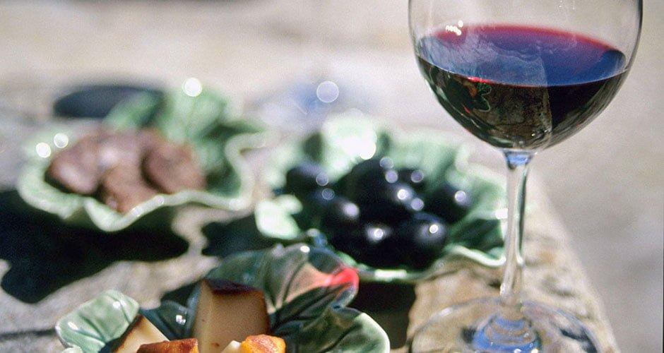 Fruchtig leichte Rotweine zu Sommergerichten